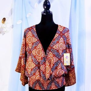 Twine & String Tops - 🆕Twine & String Plunge Boho Top size XL💕